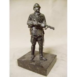 CS 1. republic gendarmery policeman statuette