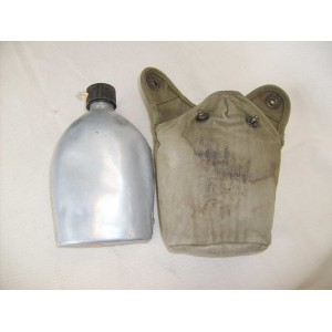 US WW2 army aluminium field flask with cover