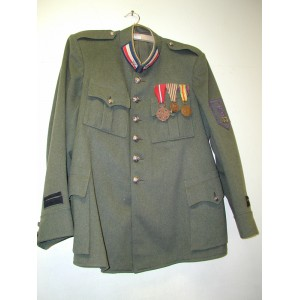 Italian WW1 tunic with medals for Czech volunteers